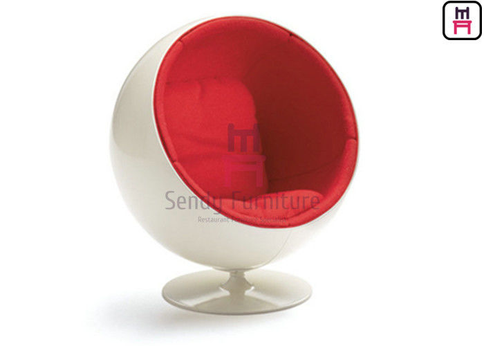 Red Color Fiberglass Egg Chair , FD-1409 Eero Aarnio Globe Chair 42'' 39'' 48''